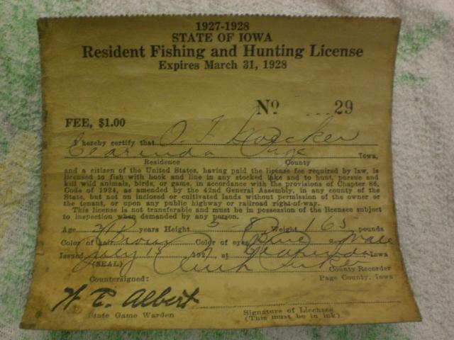 2 old iowa fishing hunting license 39 s f s 1926 1927 trap for Free fishing license for veterans
